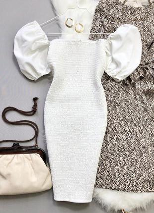 Новое с биркой платье резинка рукава буффы prettylittlething размер 10/12
