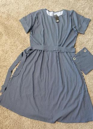Плаття a-силуету з натуральної тканити