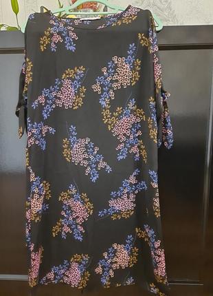 Пряма сукня вільного крою!прямое платье свабодного фасона в цвети!