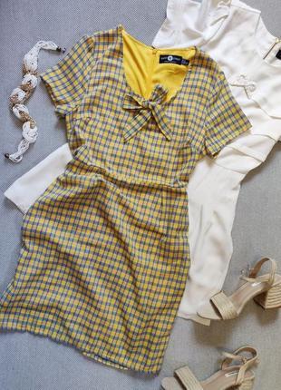 Милое красивое женское  платье , мини летнее сарафан в клеточку желтое