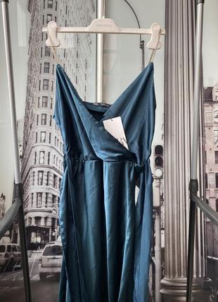 Нереально красивое платье изумрудного цвета zara