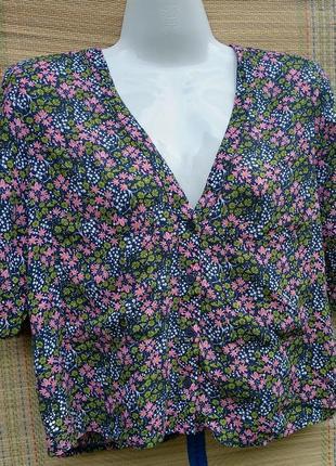 Блуза в цветочек topshop 34/36