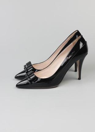 Фирменные оригинальные кожаные туфли