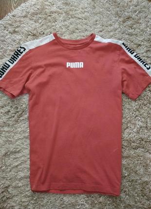 Футболка пума puma свежая коллекция с лампасами и надписями на руках