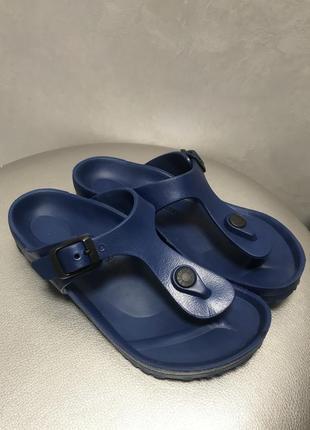 Шлёпанцы сандали