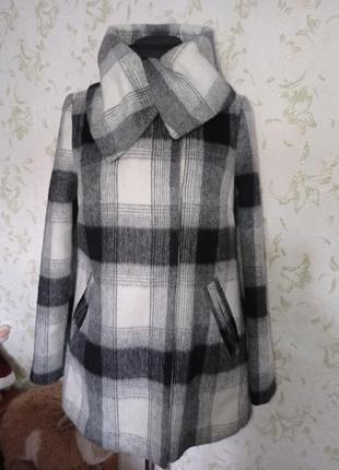 Пальто короткое демисезонное uk8