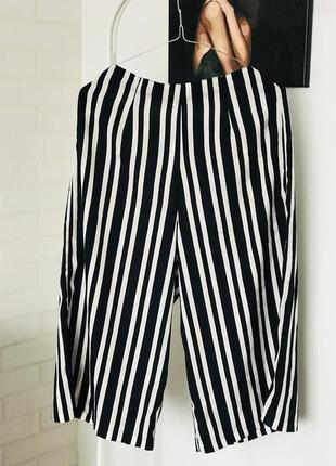 Zara бермуди капрі штани нові