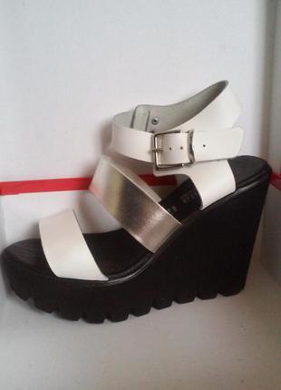 Женские открытые туфли босоножки на платформе nila&nila made in ltaly