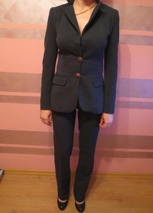 Теплий діловий костюм sandro ferrone