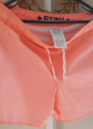 Неоновые пляжные шорты fsbn