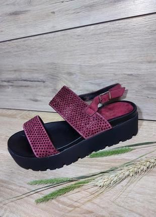 Босоножки на платформе 🌿  мягкие сланцы сандалии сабо