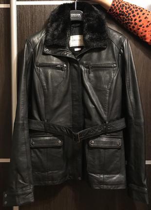 Новая чёрная кожаная куртка джеокс geox