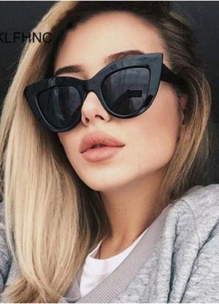 Женские винтажные солнцезащитные очки  / очки от солнца «кошачий глаз»