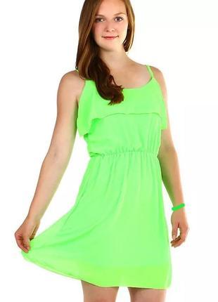 Яскрава сукня плаття платье