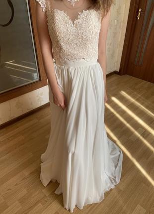 Свадебное платье (юбка + топ-корсет)