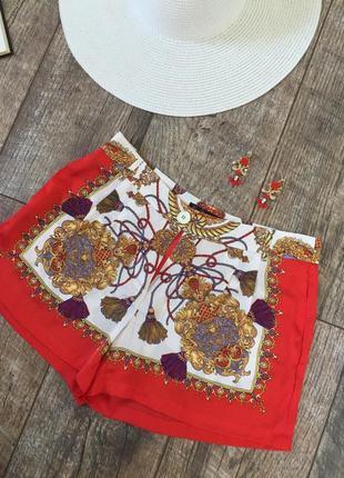 Летние короткие шелковые шорты kira plastinina xs