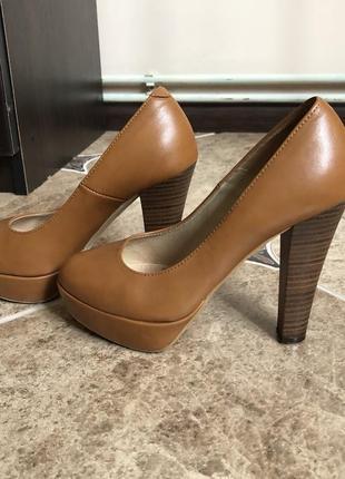 Шкіряні туфлі bravo moda
