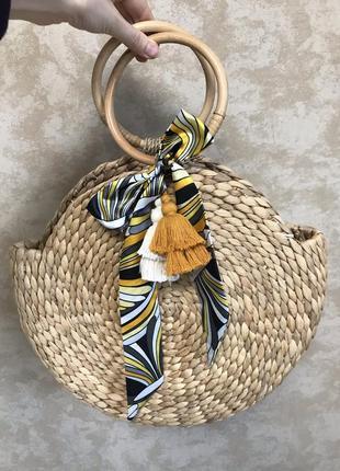 Сумка соломенная плетеная летняя круглая с декором