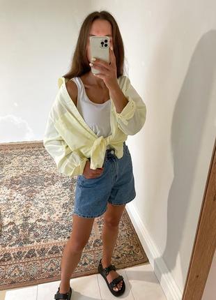 Рубашка жовтого кольору