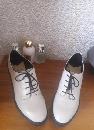 Туфельки stradivarius