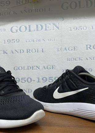 Nike lunarglide 8 45,5р кросівки