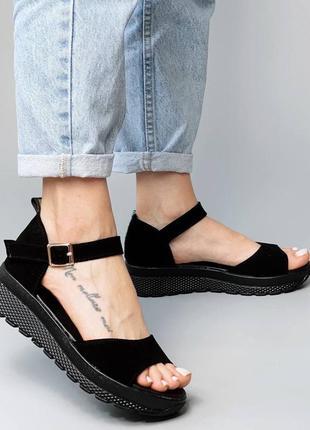 Сандали натуральная замша чёрные на узкую и середню ногу