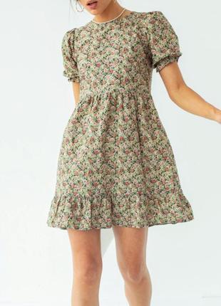 Милое платье в цветочек зеленое мини розы волан хлопок свободное s xs