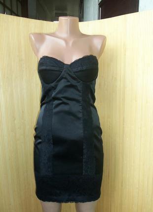 Вечернее/коктейльное чёрное атласное платье бюстье с открытой спиной и кружевом elise rion