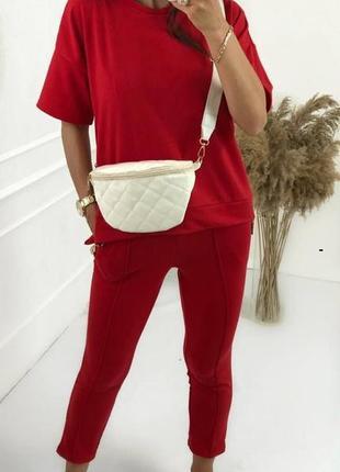Красный спортивный трикотажный женский костюм двойка (футболка и штаны), разные цвета