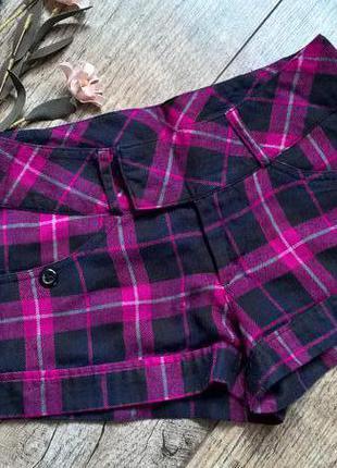 Стильные и яркие теплые шорты от dunnes-s-ка