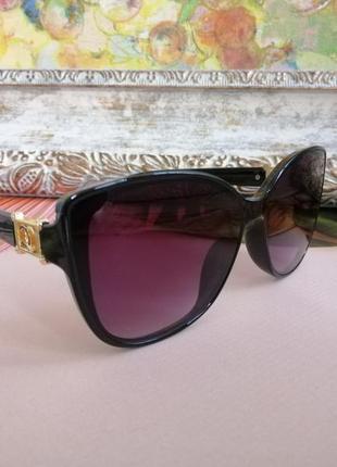 Стильные элегантные чёрные женские солнцезащитные очки кошечки 2021