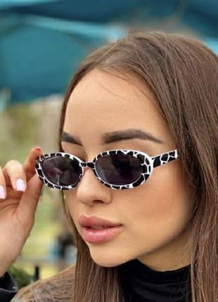 Узкие овальные солнечные очки принт коровы, трендові вузькі окуляри