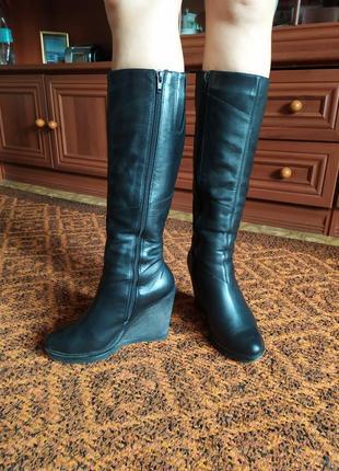 Сапоги зимние кожаные, натуральный мех. 36 размер ( под носок)