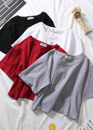 Кроп топ/ топ трикотажный/ черный топ/ спортивный топ/ укороченная футболка/ красный, белый, черный, бежевый1 фото