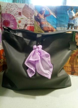 Пляжный набор.кожаная сумка с порео и мешочком для купальника.