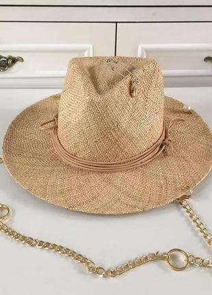 Шикарная соломенная шляпа федора канотье с цепочкой декором и украшениями капелюх капелюшок солом'яний з ланцюжком