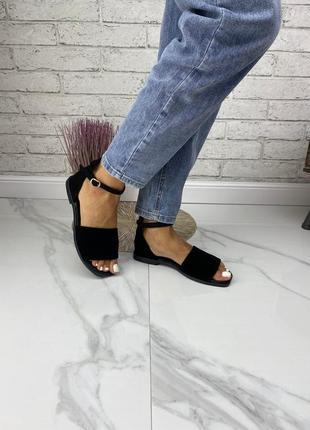 Стильные босоножки на среднем каблуке натуральная кожа замш.