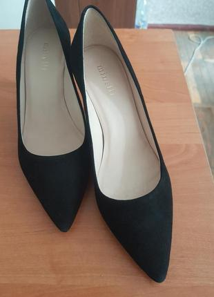 Замшевые туфли minelli