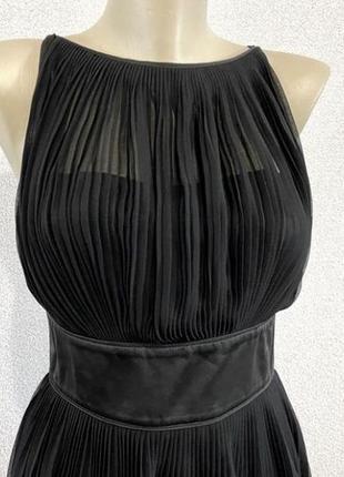 Нарядное шифоновое платье плиссе