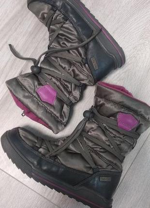 Чоботи чобітки 32