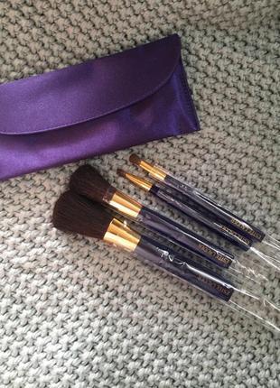Набор кисточек для макияжа из 4 штук