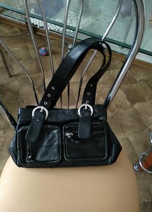 Кожаная сумка фирмы fanco rino.