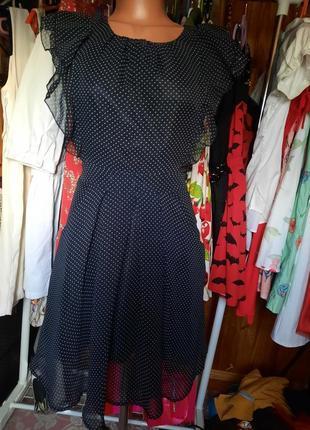 Платье черное в мелкий белый горошек