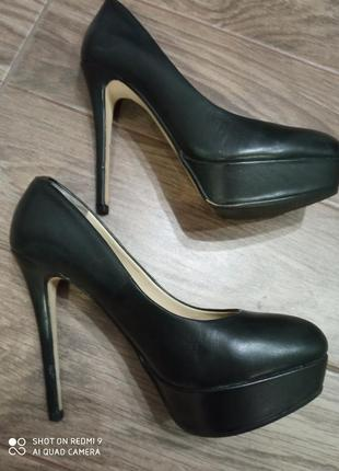 Круті туфлі aldo, розмір 37 натуральна шкіра