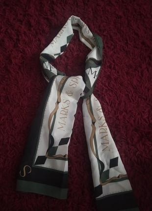 Женский шарф-твилли.