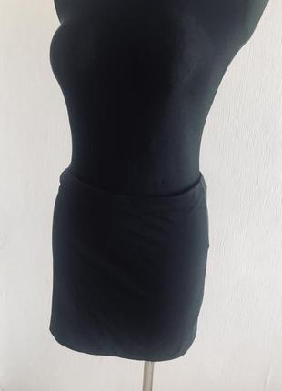 Чёрная трикотажная юбка