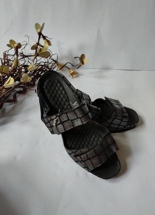 Кожаные босоножки vital австрийского бренда, на липучках, качественная ортопедическая обувь.