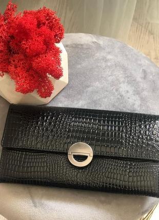 Женские лаковые кошельки из натуральной кожи италия портмоне черный.