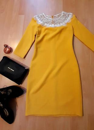 Платье- коктейльное, р s, идеальное.