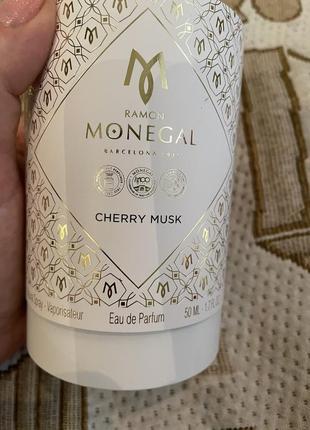 Ramon monegal cherry musk нишевый парфюм